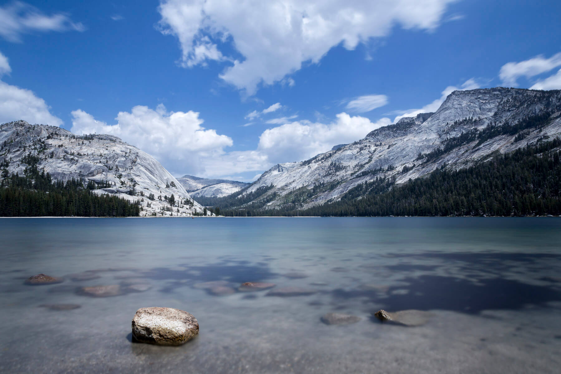 27 second long exposure of Tenaya Lake in Yosemite National Park